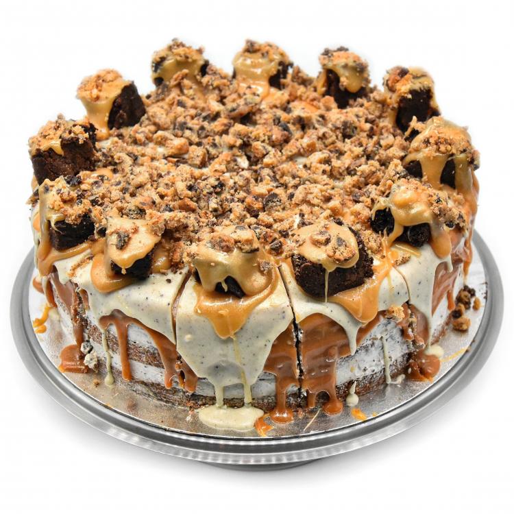 OREO MONSTER CAKE